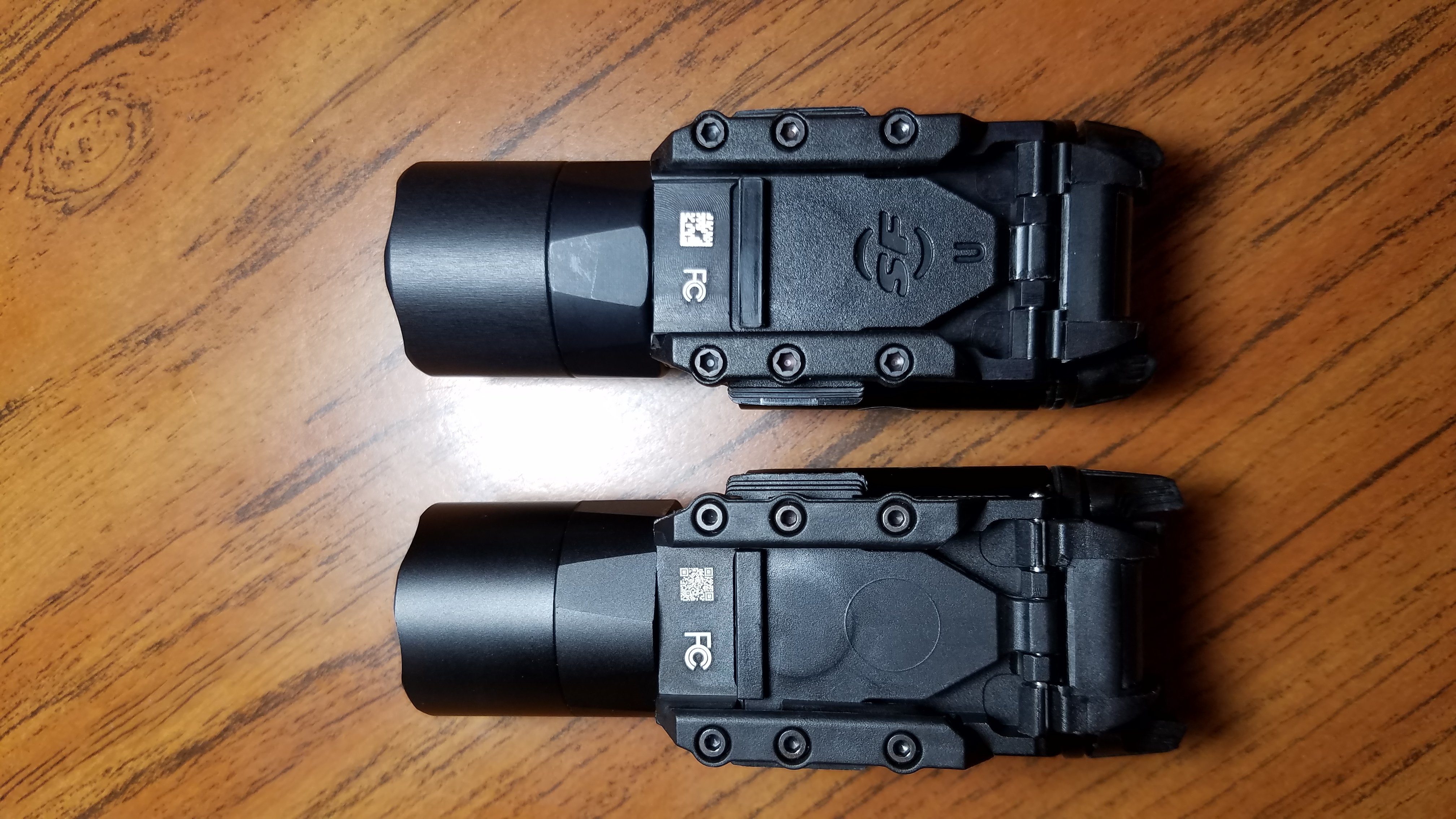 Fake Surefire x300u vs Real Surefire X300U