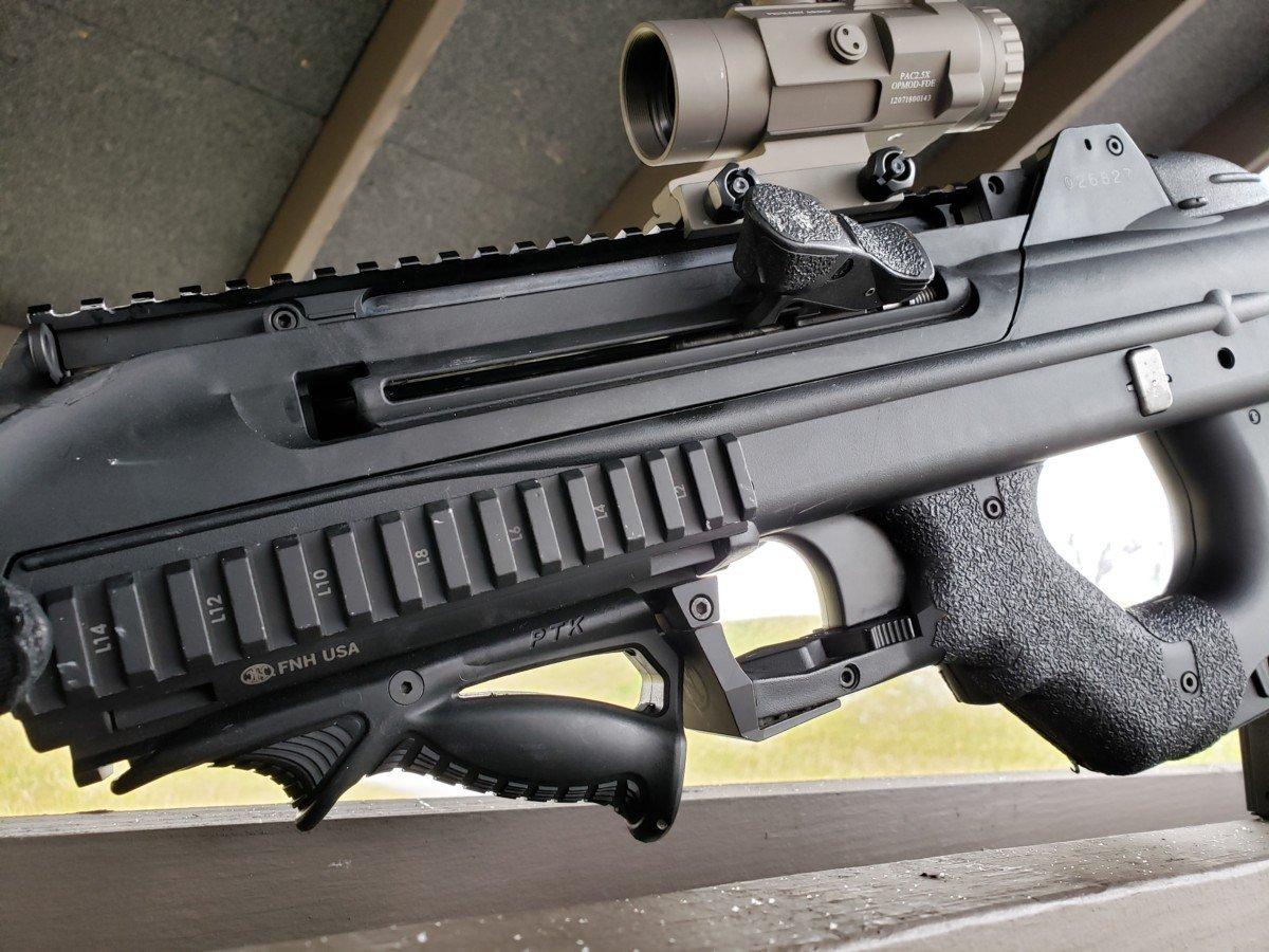 FS2000
