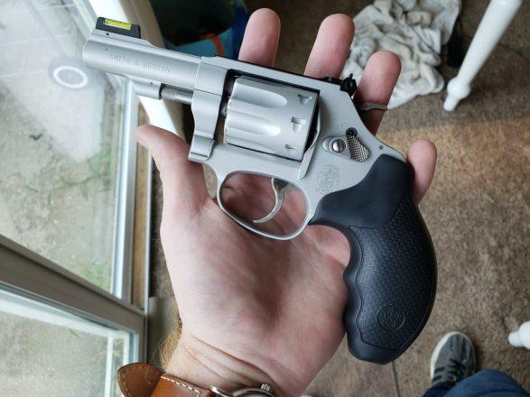 Smith & Wesson 317 Kit Gun