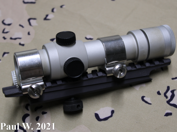 Aimpoint 2000 Right Side